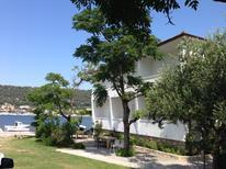 Appartamento 778409 per 5 persone in Supetarska Draga