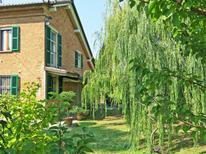 Ferienhaus 779464 für 4 Personen in Mombaruzzo