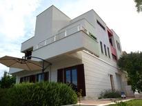 Appartement de vacances 785944 pour 4 personnes , Okrug Gornji