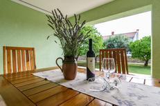 Appartement 788015 voor 4 personen in Okrug Gornji