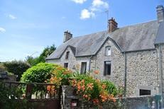 Maison de vacances 794222 pour 2 adultes + 2 enfants , Heugueville-sur-Sienne