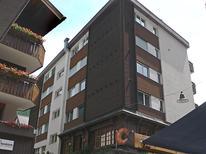 Ferienwohnung 794375 für 6 Personen in Zermatt