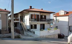Ferienwohnung 794746 für 4 Personen in Vrbnik