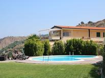 Vakantiehuis 795290 voor 6 personen in Parghelia