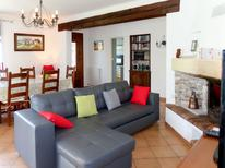 Holiday home 795719 for 8 persons in L'Isle-sur-la-Sorgue