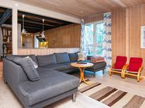 Villa 796427 per 10 persone in Fjellerup Strand