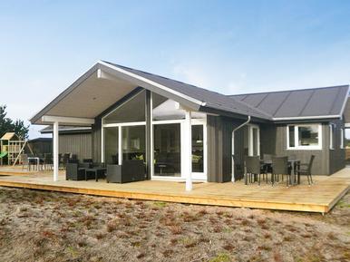Gemütliches Ferienhaus : Region Romo für 8 Personen