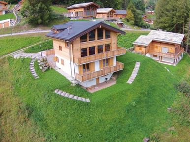 Gemütliches Ferienhaus : Region Wallis für 11 Personen