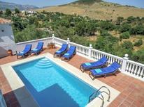 Ferienhaus 799947 für 6 Personen in Almogía