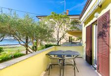 Ferienwohnung 800832 für 5 Personen in Supetarska Draga