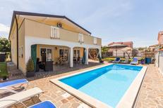 Villa 801907 per 12 adulti + 1 bambino in Kaldanija