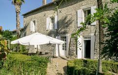 Ferienhaus 806851 für 9 Personen in Juignac