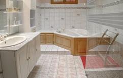 Ferienhaus 806988 für 10 Personen in Louzy