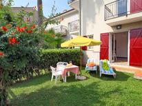 Appartement 809280 voor 5 personen in San Bartolomeo al Mare