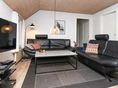 Gemütliches Ferienhaus : Region Sondervig für 14 Personen