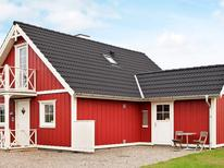 Casa de vacaciones 813529 para 8 personas en Bro Strand