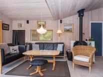 Ferienhaus 814637 für 8 Personen in Fjellerup Strand