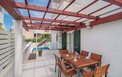 Holiday apartment 814738 for 10 persons in Supetar