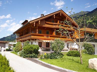 Gemütliches Ferienhaus : Region Mayrhofen für 15 Personen