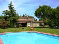 Villa 832621 per 8 persone in Radda in Chianti