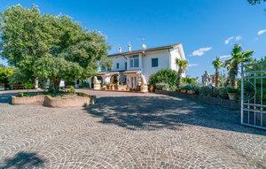 Gemütliches Ferienhaus : Region Adria für 16 Personen