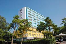 Appartement 833637 voor 6 personen in Lignano Sabbiadoro