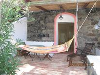 Vakantiehuis 842400 voor 2 volwassenen + 2 kinderen in Khamma