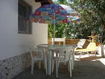 Ferienhaus 843606 für 2 Erwachsene + 1 Kind in Lecce