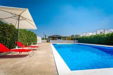 Holiday home 843873 for 4 adults + 1 child in Marina di Ragusa