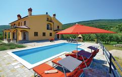 Ferienhaus 845532 für 8 Personen in Drenje