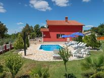 Vakantiehuis 847636 voor 14 personen in Kranjci