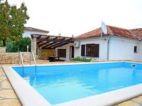 Holiday home 848361 for 6 persons in Matohanci