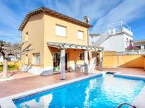 Holiday home 848451 for 8 persons in l'Escala
