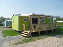 Mobile home 850737 for 6 persons in Rockanje