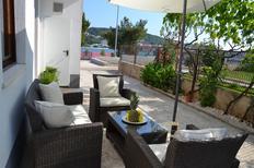 Semesterlägenhet 850838 för 4 personer i Trogir