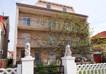Ferienwohnung 853536 für 6 Personen in Zadar