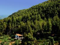 Ferienwohnung 854082 für 6 Personen in Fteroti
