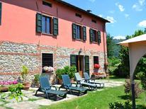 Ferienhaus 856862 für 12 Personen in Castiglione di Garfagnana