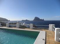 Vakantiehuis 857328 voor 6 personen in Cala Carbo