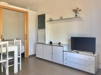 Studio 859088 for 4 persons in Salou