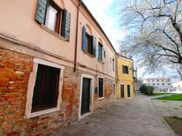 Appartement 859344 voor 5 personen in Venetië