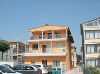 Ferienwohnung 860769 für 7 Personen in Lido di Jesolo