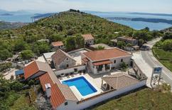 Ferienhaus 863256 für 20 Personen in Seget Gornji