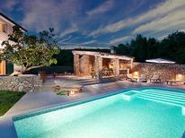 Villa 863475 per 9 persone in Sveti Lovreč Labinski