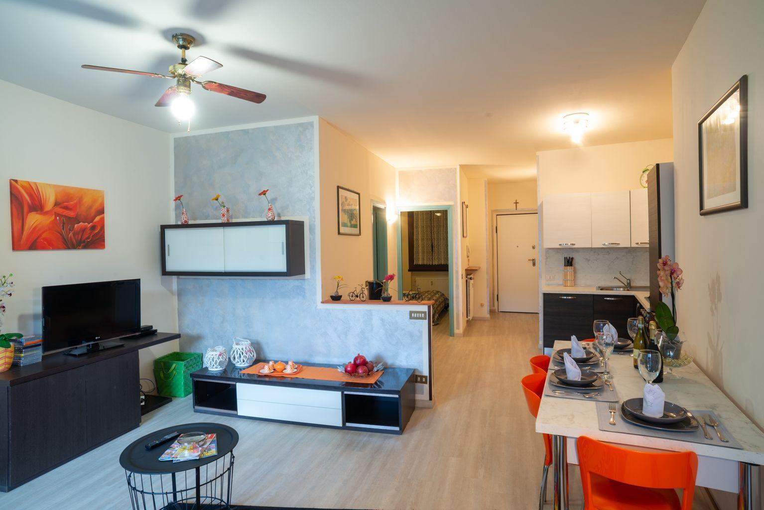 Ferienwohnung für 4 Personen ca. 77 m² i   Desenzano del Garda