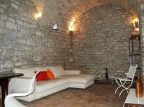 Ferienwohnung 864288 für 5 Personen in Assisi