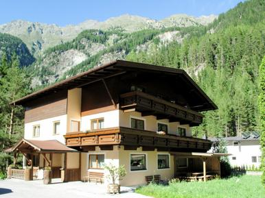 Gemütliches Ferienhaus : Region Tirol für 27 Personen