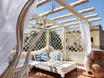 Appartement 866774 voor 2 personen in Cala Liberotto