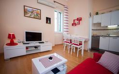 Appartement 866848 voor 5 personen in Split