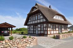 Ferienhaus 867166 für 8 Personen in Dranske